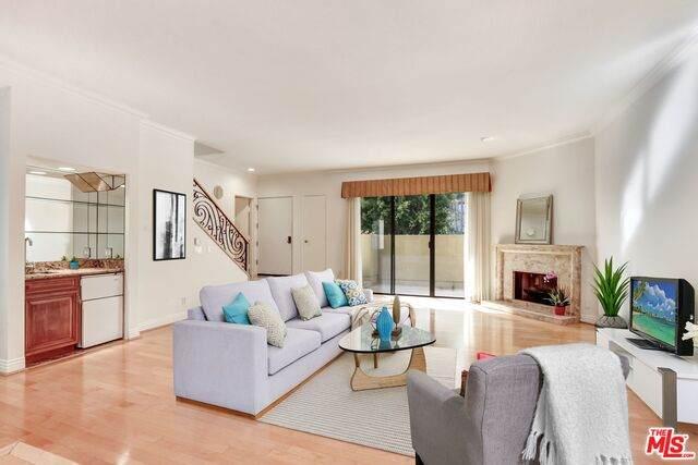 2231 Century Hl, Los Angeles, CA 90067 (#21-679612) :: HomeBased Realty