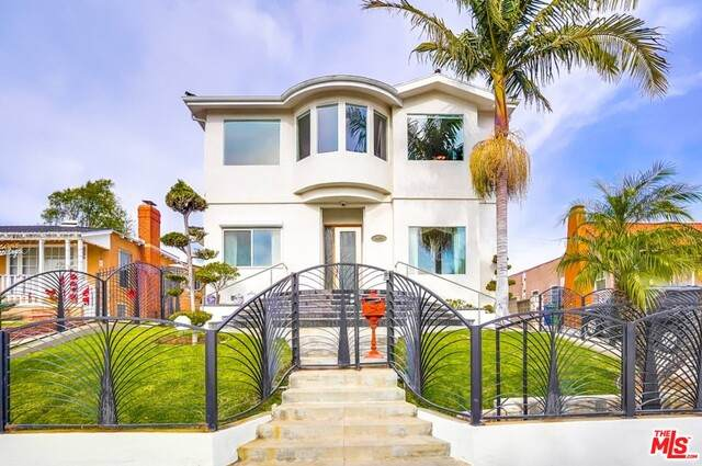 4459 W 64Th St, Los Angeles, CA 90043 (#21-679724) :: TruLine Realty