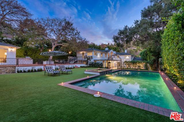 1721 Coldwater Canyon Dr, Beverly Hills, CA 90210 (#21-679860) :: Randy Plaice and Associates