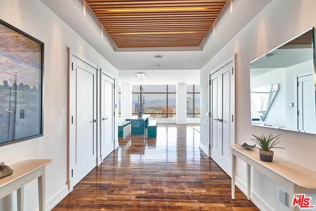900 W Olympic Blvd 47G, Los Angeles, CA 90015 (MLS #21-679984) :: The John Jay Group - Bennion Deville Homes