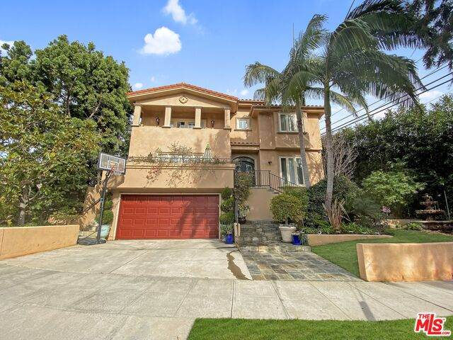 10269 Cheviot Dr, Los Angeles, CA 90064 (MLS #21-680070) :: The Jelmberg Team