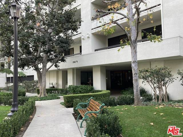2142 Century Park Ln #103, Los Angeles, CA 90067 (#21-680108) :: The Pratt Group