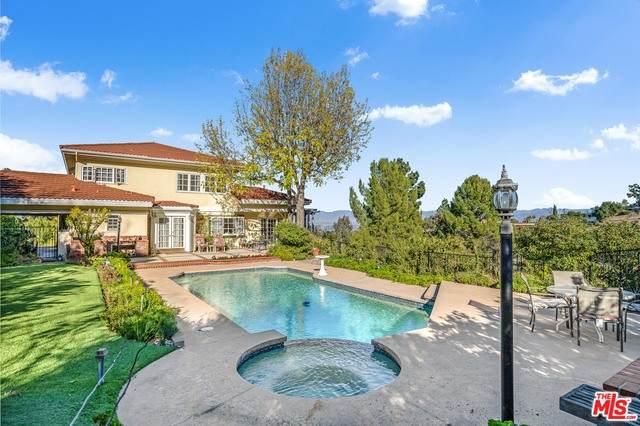 17052 Empanada Pl, Encino, CA 91436 (MLS #21-680248) :: Mark Wise | Bennion Deville Homes