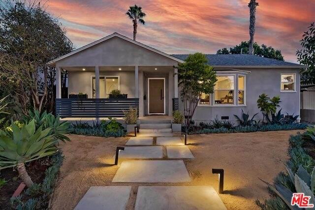 11902 Ocean Park Blvd, Los Angeles, CA 90064 (#21-680456) :: Lydia Gable Realty Group