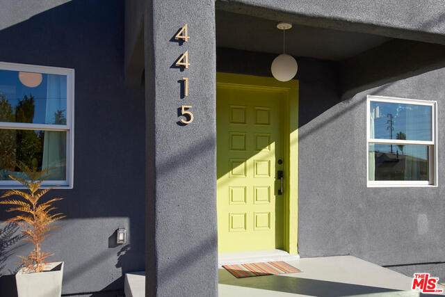 4415 Corliss St, Los Angeles, CA 90041 (#21-680980) :: TruLine Realty