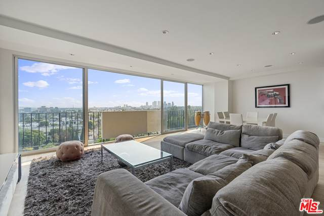 818 N Doheny Dr #804, West Hollywood, CA 90069 (#21-681130) :: TruLine Realty