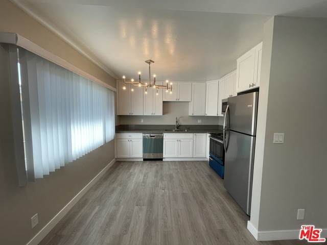 1830 Federal Ave - Photo 1