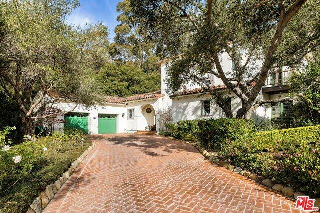 492 Monarch Ln, Santa Barbara, CA 93108 (#21-681276) :: The Pratt Group