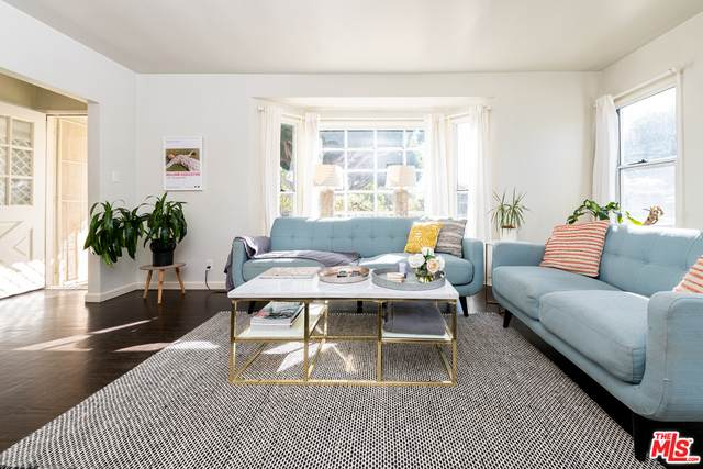 2301 Hill St, Santa Monica, CA 90405 (MLS #21-681404) :: Zwemmer Realty Group
