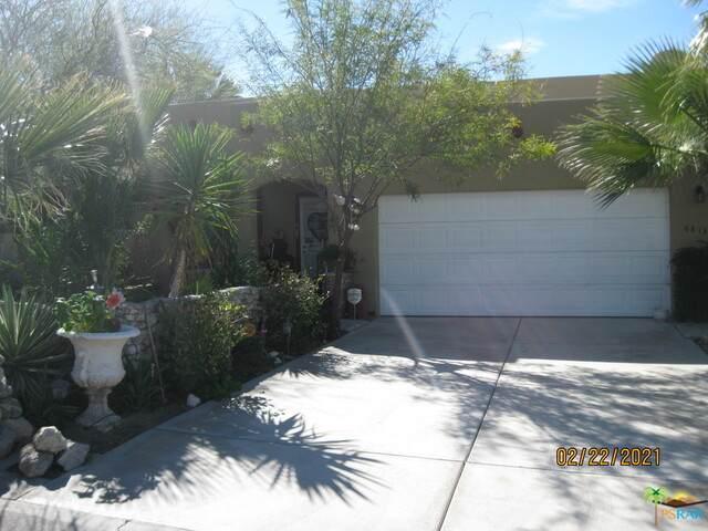 68135 Calle Cerrito, Desert Hot Springs, CA 92240 (#21-681472) :: Berkshire Hathaway HomeServices California Properties