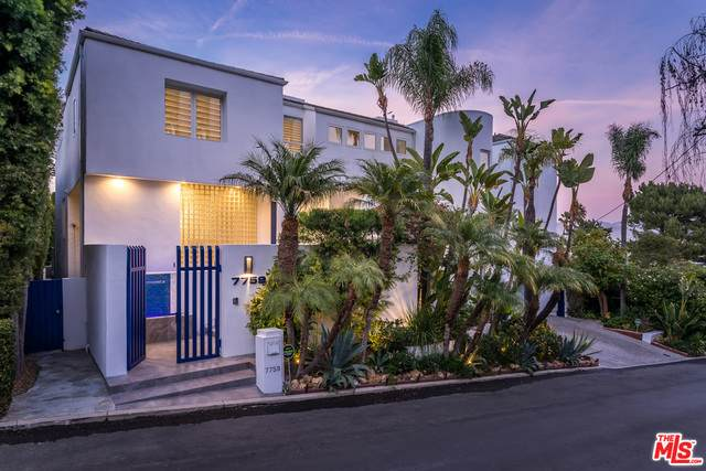 7759 Torreyson Dr, West Hollywood, CA 90046 (#21-681646) :: Compass