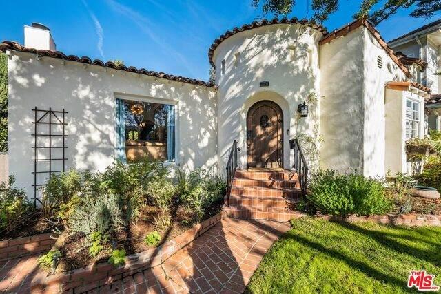 10635 Blythe Ave, Los Angeles, CA 90064 (#21-681698) :: TruLine Realty
