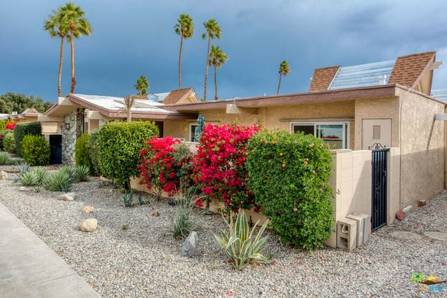 2015 E Tachevah Dr, Palm Springs, CA 92262 (#21-681816) :: Berkshire Hathaway HomeServices California Properties