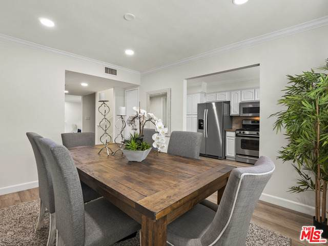 1433 S Beverly Dr, Los Angeles, CA 90035 (#21-681880) :: TruLine Realty