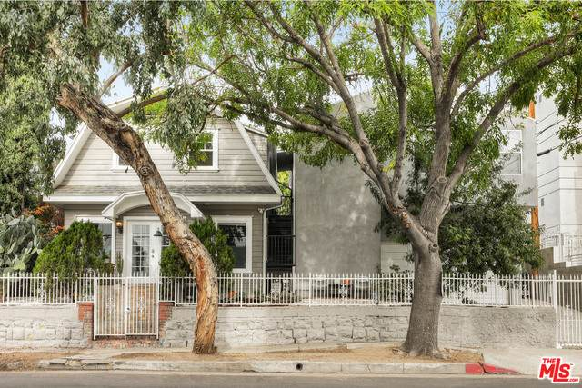 4621 Oakwood Ave, Los Angeles, CA 90004 (#21-681904) :: TruLine Realty