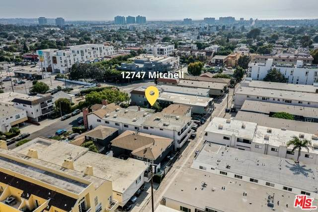 12747 Mitchell Ave, Los Angeles, CA 90066 (#21-682142) :: The Parsons Team