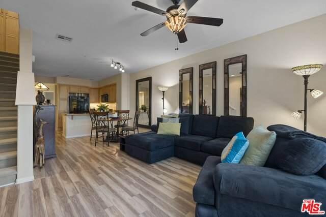 500 N Willowbrook Ave Q4, Compton, CA 90220 (#21-682768) :: Randy Plaice and Associates