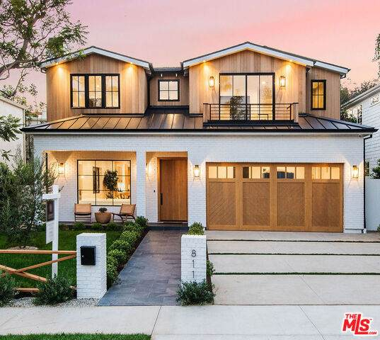 811 Iliff St, Pacific Palisades, CA 90272 (MLS #21-682832) :: Mark Wise | Bennion Deville Homes