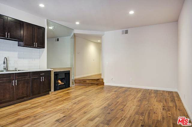 941 W Carson St #227, Torrance, CA 90502 (#21-682836) :: The Grillo Group