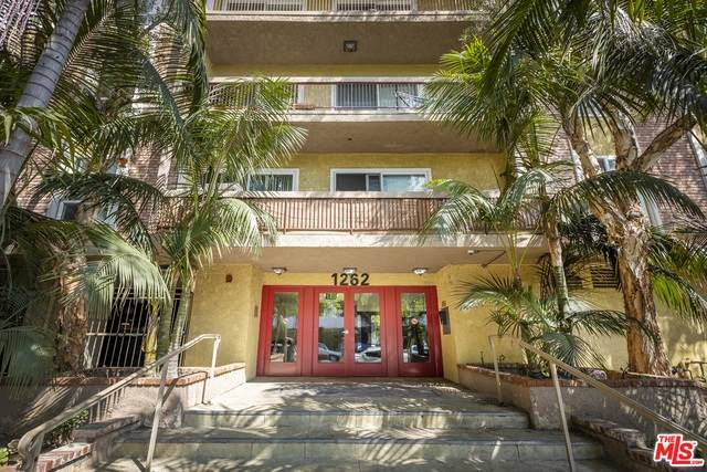 1262 S Barrington Ave #202, Los Angeles, CA 90025 (#21-683000) :: TruLine Realty