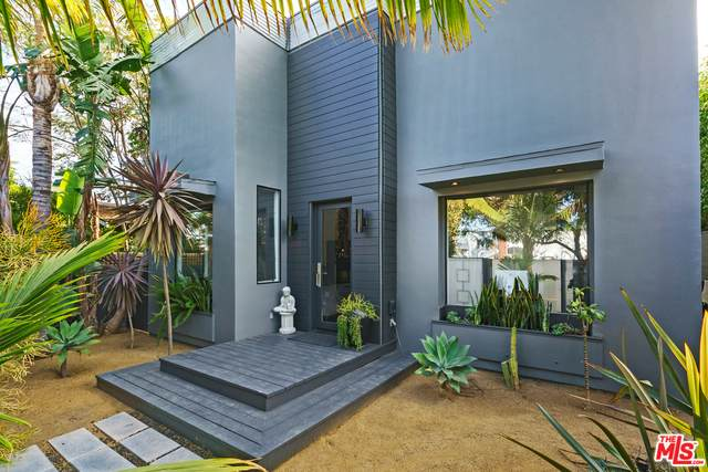 776 Sunset Ave, Venice, CA 90291 (#21-683512) :: TruLine Realty