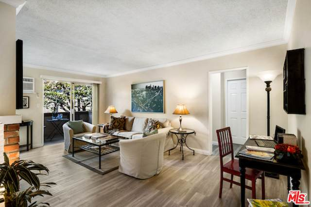 12030 Rochester Ave #205, Los Angeles, CA 90025 (#21-683526) :: TruLine Realty
