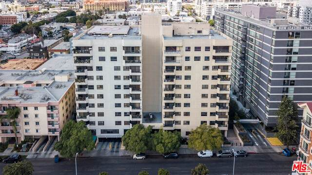 727 S Ardmore Ave #706, Los Angeles, CA 90005 (#21-684098) :: TruLine Realty