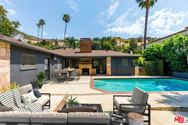 1619 N Beverly Dr, Beverly Hills, CA 90210 (#21-685558) :: The Suarez Team