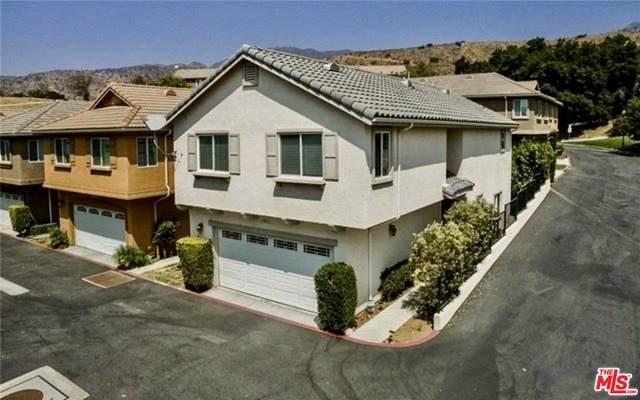 14031 Bryant Ln, Sylmar, CA 91342 (#21-685958) :: Berkshire Hathaway HomeServices California Properties
