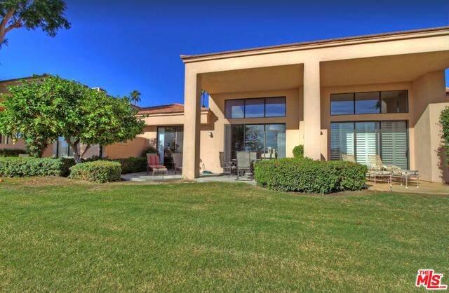54434 Oak Tree A115, La Quinta, CA 92253 (#21-686634) :: Berkshire Hathaway HomeServices California Properties