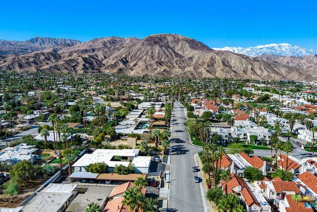 73385 Shadow Mountain Dr, Palm Desert, CA 92260 (#21-686784) :: The Pratt Group
