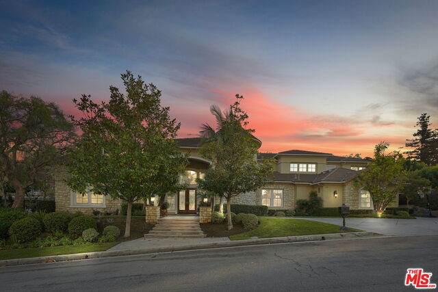 5100 E Copa De Oro Dr, Anaheim, CA 92807 (#21-687000) :: Berkshire Hathaway HomeServices California Properties