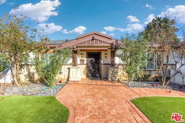 1930 Marengo Ave, South Pasadena, CA 91030 (MLS #21-688088) :: Zwemmer Realty Group