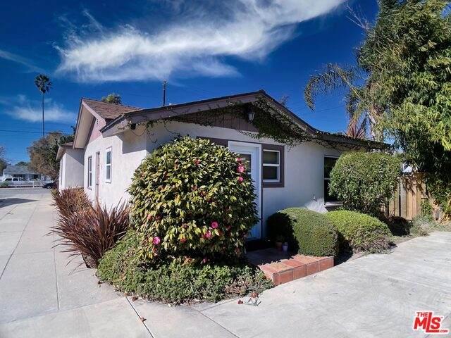 524 S Seaward Ave, Ventura, CA 93003 (#21-688724) :: The Grillo Group