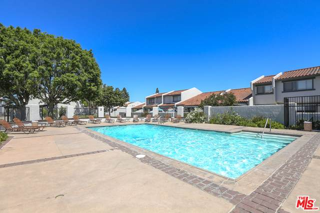 874 W 232nd, Torrance, CA 90502 (#21-688818) :: The Grillo Group