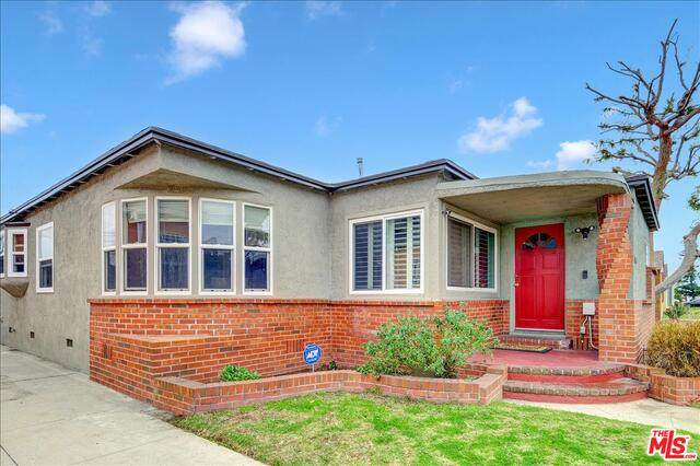 9106 S Wilton Pl, Los Angeles, CA 90047 (#21-689496) :: Lydia Gable Realty Group