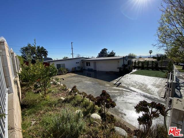 13326 Raven St, Sylmar, CA 91342 (#21-690056) :: Berkshire Hathaway HomeServices California Properties