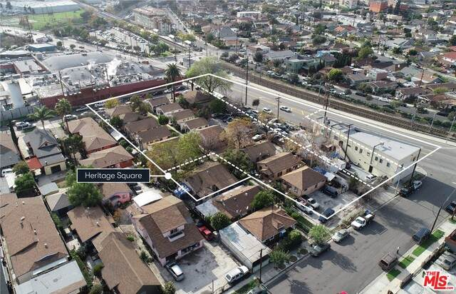 106 E Avenue 37, Los Angeles, CA 90031 (MLS #21-690708) :: Zwemmer Realty Group