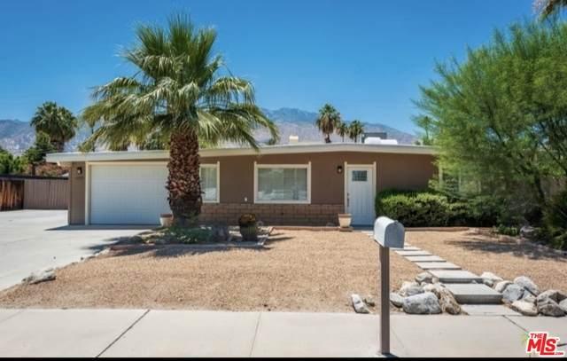 655 S El Cielo Rd, Palm Springs, CA 92264 (MLS #21-691142) :: The Jelmberg Team