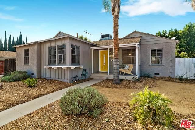 6201 Canby Ave, Tarzana, CA 91335 (#21-691410) :: Berkshire Hathaway HomeServices California Properties