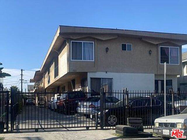 721 W 81St St, Los Angeles, CA 90044 (#21-692220) :: TruLine Realty