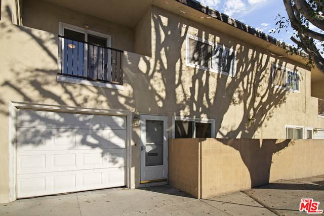 10856 Morrison St #2, North Hollywood, CA 91601 (#21-692898) :: Randy Plaice and Associates