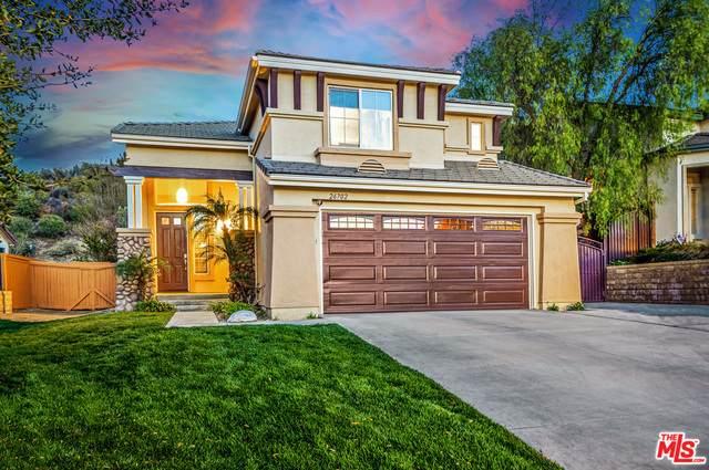 26702 Cardinal Dr, Santa Clarita, CA 91387 (#21-693496) :: Berkshire Hathaway HomeServices California Properties