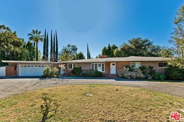 17228 Otsego St, Encino, CA 91316 (#21-693714) :: Berkshire Hathaway HomeServices California Properties