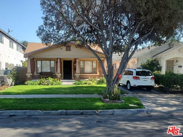 2342 S Cochran Ave, Los Angeles, CA 90016 (#21-694024) :: Lydia Gable Realty Group