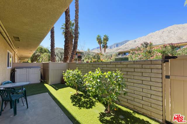1950 S Palm Canyon Dr #121, Palm Springs, CA 92264 (#21-694046) :: The Pratt Group