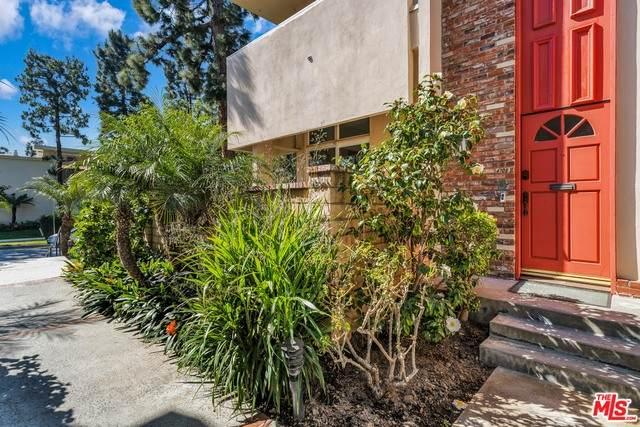 4708 La Villa Marina #11, Marina Del Rey, CA 90292 (#21-694880) :: Berkshire Hathaway HomeServices California Properties