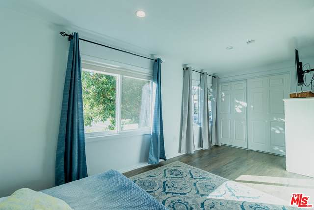 11401 Topanga Canyon Blvd #55, Chatsworth, CA 91311 (#21-694904) :: Berkshire Hathaway HomeServices California Properties