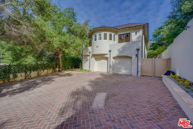 3940 Oeste Ave, Studio City, CA 91604 (#21-695594) :: Berkshire Hathaway HomeServices California Properties