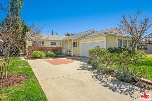 5726 Aldea Ave, Encino, CA 91316 (#21-695614) :: Berkshire Hathaway HomeServices California Properties